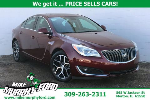 Pre-Owned 2017 Buick Regal 4dr Sdn Sport Touring FWD